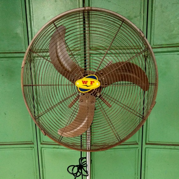 fan_stand fan_20 inches wf antique3